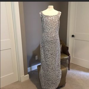 Silvery Gray Sleeveless Lacey Long Gown